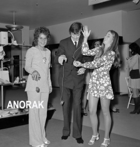 "The Press Association reports: ""Seen at a pre-Wimbledon party at Simpsons tonight are Chris Evert (USA), right, and Yvonne Goolagong (Australia). Between them is Don Robertson, the European Yo-Yo Champion."" It's June 21, 1972, and the yo-yo is the go-ahead sport for go-ahead kids."